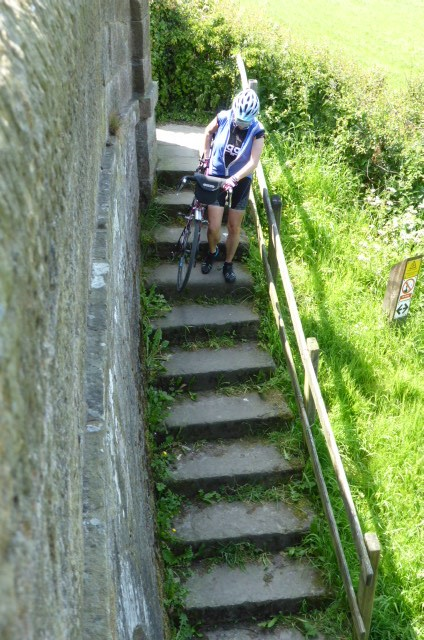 Accessing the towpath
